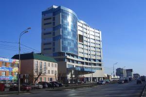 Торгово-офисный центр GOLF PALACE (ул. Харьковская-Одесская)